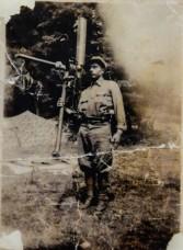 Il soldato alpino Luigi Dal Bianco, classe 1915, in guerra, 1940