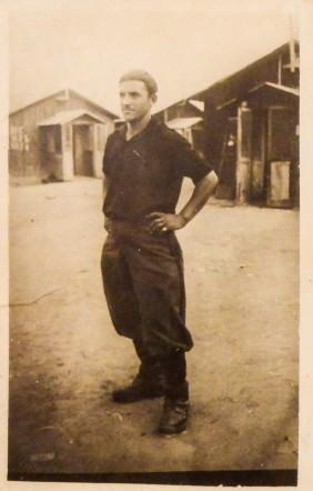 La camicia nera Goffredo Feliciani, morto il 22 agosto 1945 nel campo di prigionia 366 in Kenia
