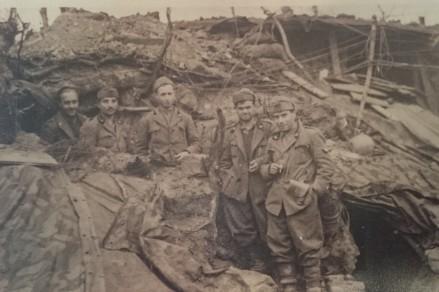 Domenico Blasetti e altri soldati, Collina di Monastero, Albania 1941