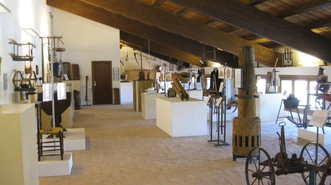 """Museo civico Città di Leonessa, Ciclo di seminari sulle tradizioni popolari, storia, metodologia, ricerca: """"I campi e il focolare"""""""
