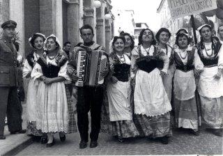 Archivio di Stato di Rieti, Fondo EPT, Rieti, Festa dell'uva, Anni '50