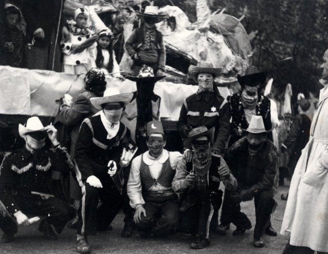 Archivio di Stato di Rieti, Rieti, Carnevale 1953, Sfilata dei carri mascherati