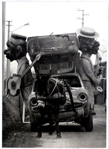 Gianfranco Barucchello, Carro con auto sovrapposte
